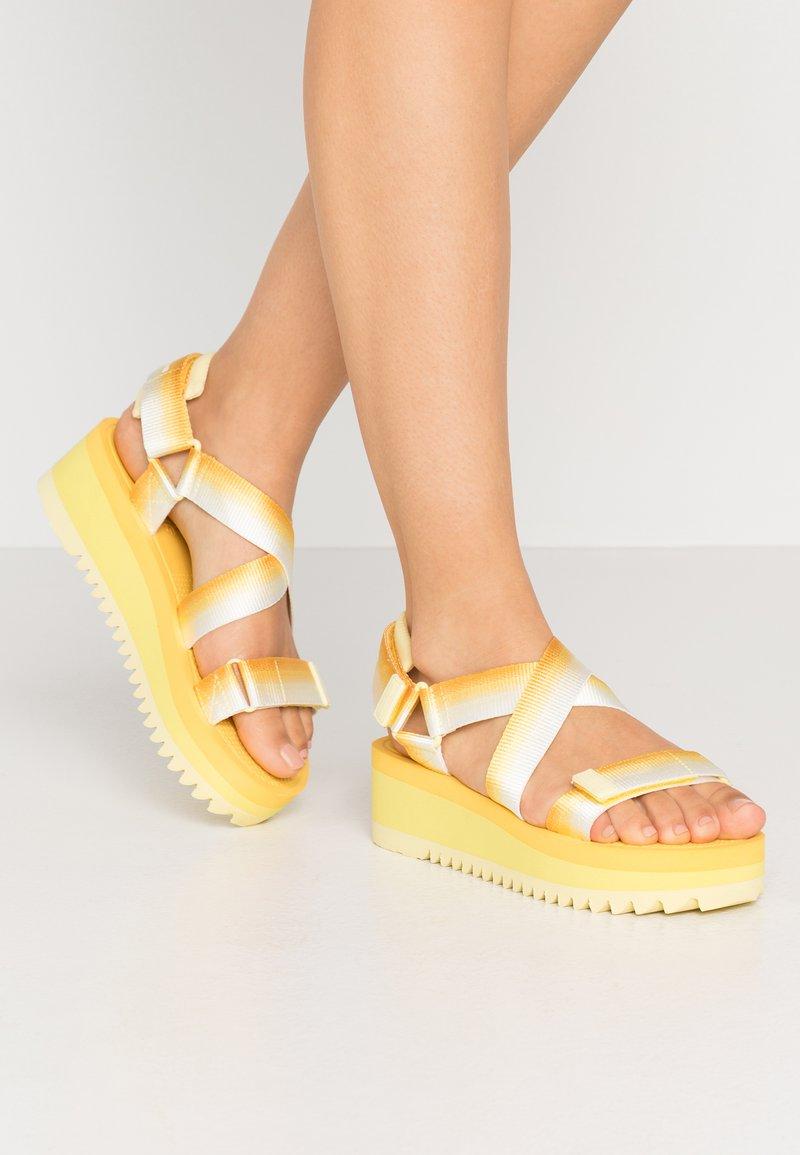Tommy Jeans - DEGRADE TAPE FLATFORM - Platform sandals - lemon