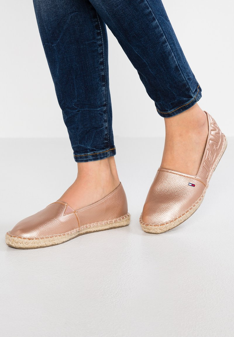 Tommy Jeans - SHINY METALLIC  - Espadrilles - pink
