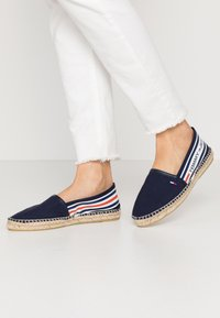 Tommy Jeans - CHUNKY TAPE ESPADRILLE - Espadrilles - twilight navy - 0