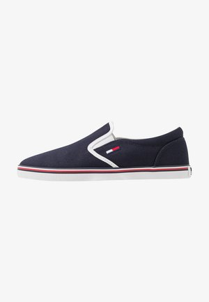 ESSENTIAL SLIP ON SNEAKER - Slipper - twilight navy