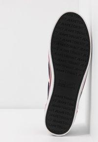 Tommy Jeans - ESSENTIAL SLIP ON SNEAKER - Nazouvací boty - twilight navy - 6
