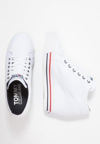 Tommy Jeans - WEDGE CASUAL - Sneakers high - white - 3