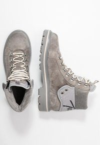 Tommy Jeans - REFLECTIVE DETAIL LACE UP BOOT - Lace-up ankle boots - grey - 3