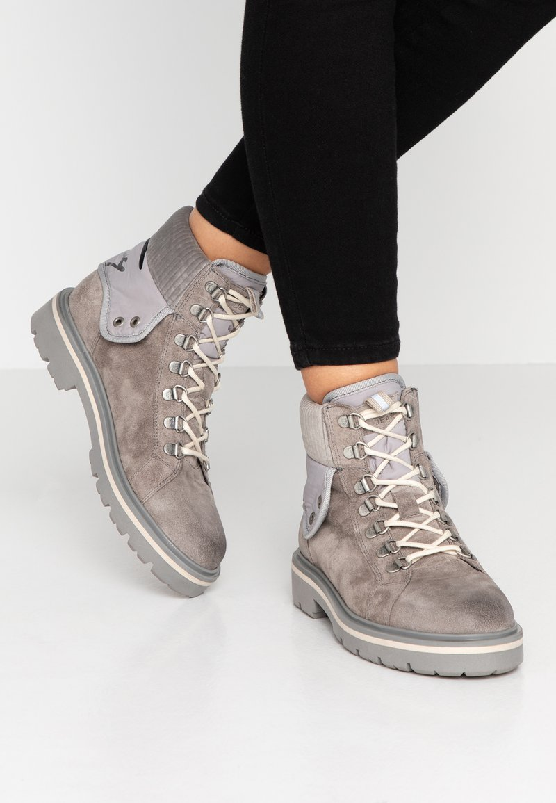 Tommy Jeans - REFLECTIVE DETAIL LACE UP BOOT - Lace-up ankle boots - grey