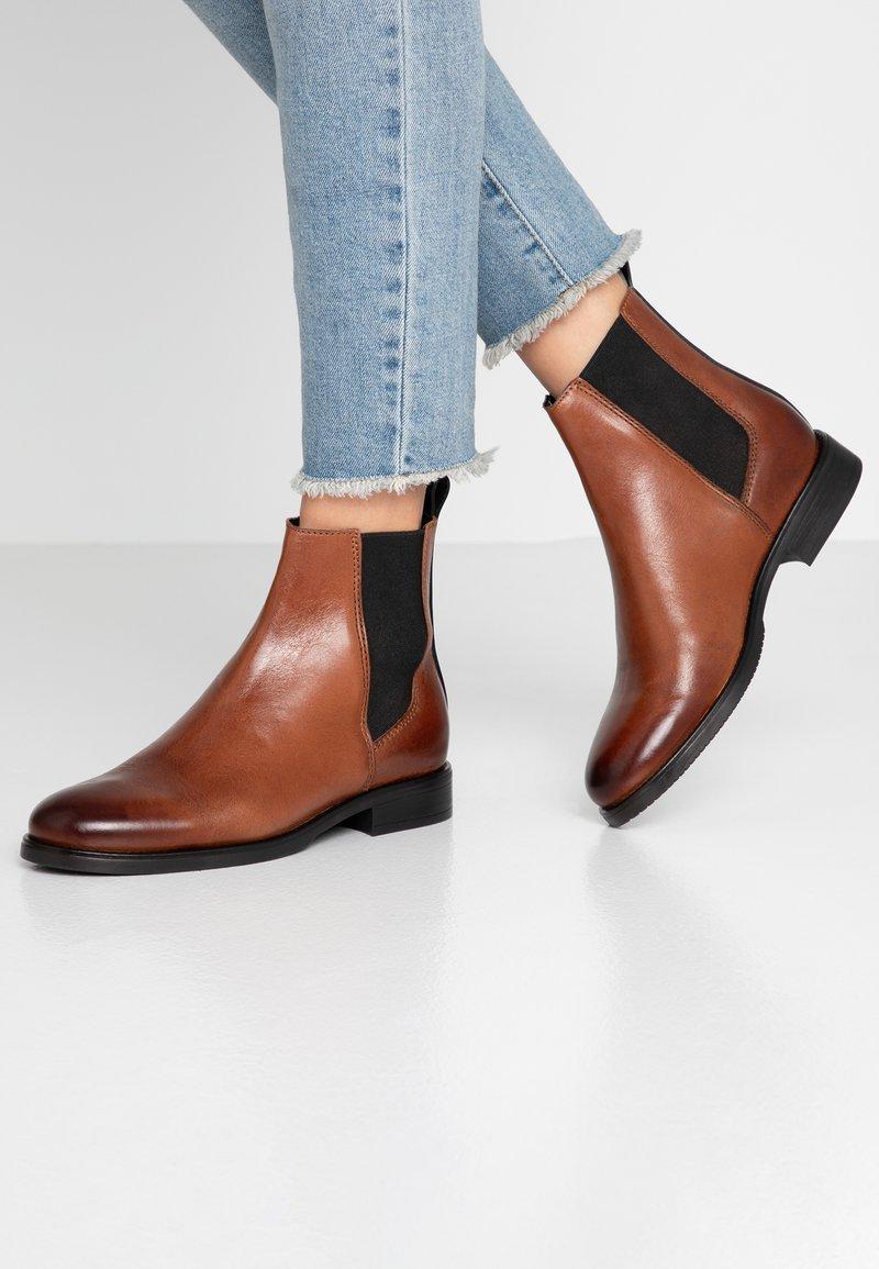 Tommy Jeans - GENNY 20A1 - Støvletter - brown