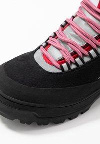 Tommy Jeans - TREKKING FROM THE ARCHIVES - Šněrovací kotníkové boty - black - 2