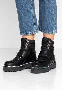 Tommy Jeans - ELEVEN 2C - Cowboystøvletter - black - 0
