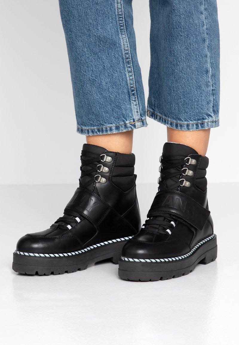 Tommy Jeans - ELEVEN 2C - Cowboystøvletter - black