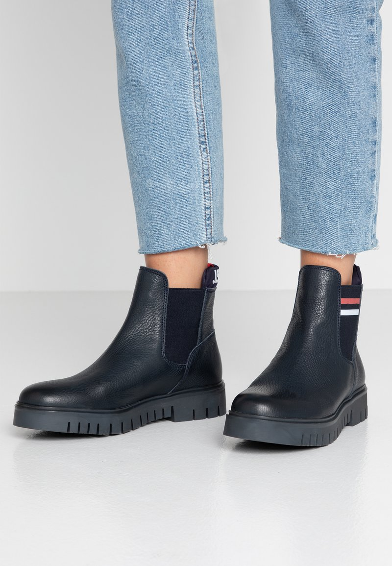 Tommy Jeans - TONGUE TOMMY CHELSEA BOOT - Classic ankle boots - blue
