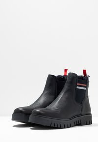 Tommy Jeans - TONGUE TOMMY CHELSEA BOOT - Classic ankle boots - blue - 4
