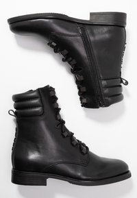 Tommy Jeans - PIN LOGO LACE UP BOOT - Botines con cordones - black - 3