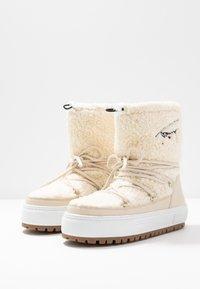 Tommy Jeans - SIGNATURE SNOWBOOT - Bottes de neige - white - 4