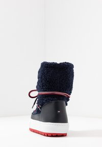 Tommy Jeans - SIGNATURE SNOWBOOT - Winter boots - blue - 5