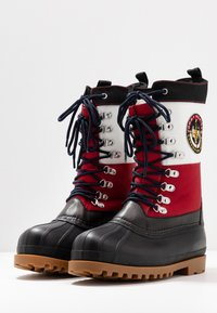 Tommy Jeans - HERITAGE DUCKBOOT - Winter boots - red - 2