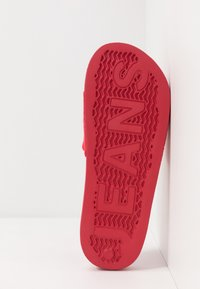 Tommy Jeans - SLIDE - Pantofle - red - 4