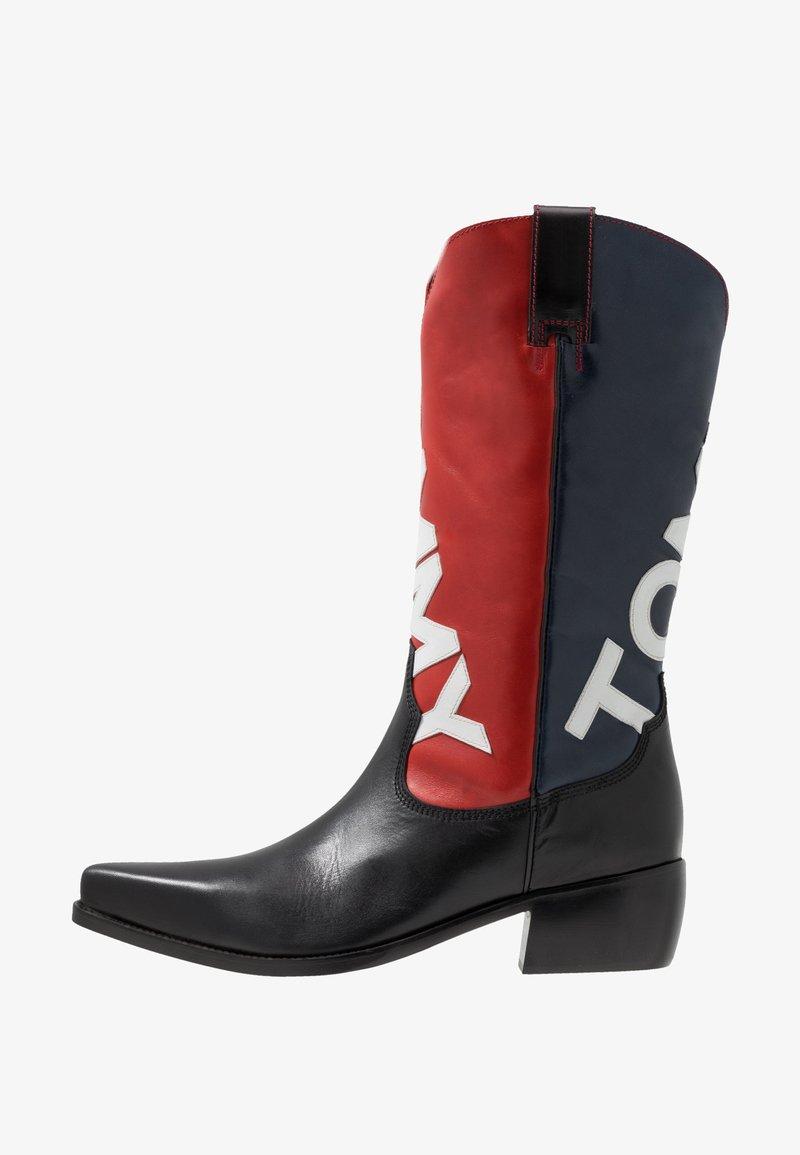 Tommy Jeans - HERITAGE MENS - Kowbojki i obuwie motocyklowe - red