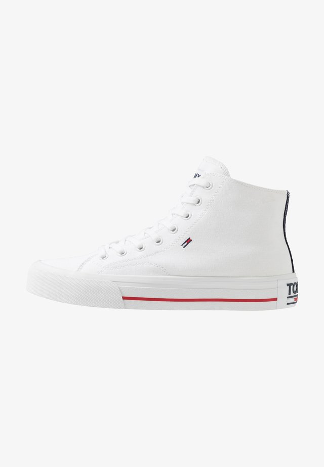 CLASSIC MID - Sneakers high - white