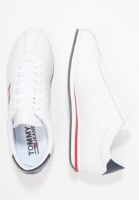 Tommy Jeans - RETRO FLAG  - Sneakers - white - 1