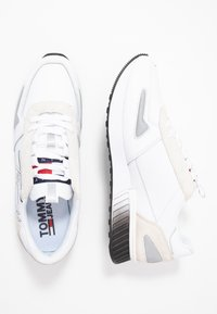 Tommy Jeans - LIFESTYLE - Sneakers - white - 1