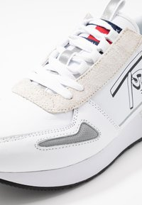 Tommy Jeans - LIFESTYLE - Sneakers - white - 5
