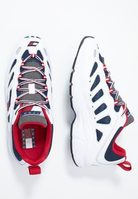Tommy Jeans - HERITAGE RETRO  - Zapatillas - white - 1