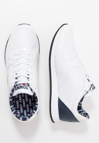 Tommy Jeans - CASUAL - Sneakers - white - 1
