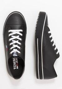 Tommy Jeans - CITY  - Sneaker low - black - 1