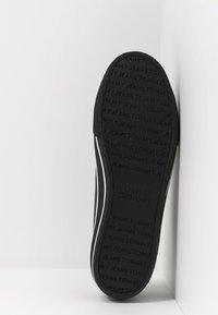 Tommy Jeans - CITY  - Sneaker low - black - 4