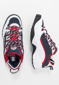 Tommy Jeans - HERITAGE  - Sneakersy niskie - white - 1