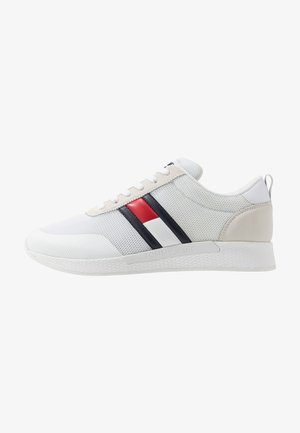 FLEXI FLAG - Trainers - white