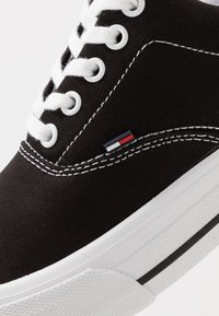 Tommy Jeans - CLASSIC - Baskets basses - black - 5