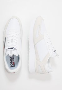 Tommy Jeans - LIFESTYLE RUNNER - Sneakers - white - 1