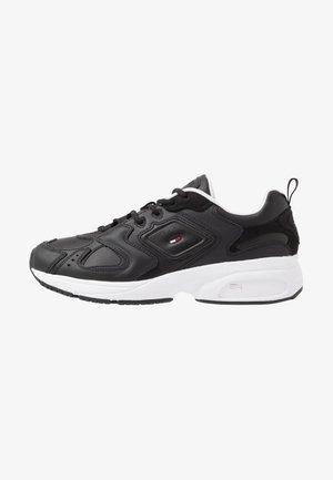 HERITAGE  - Sneakersy niskie - black