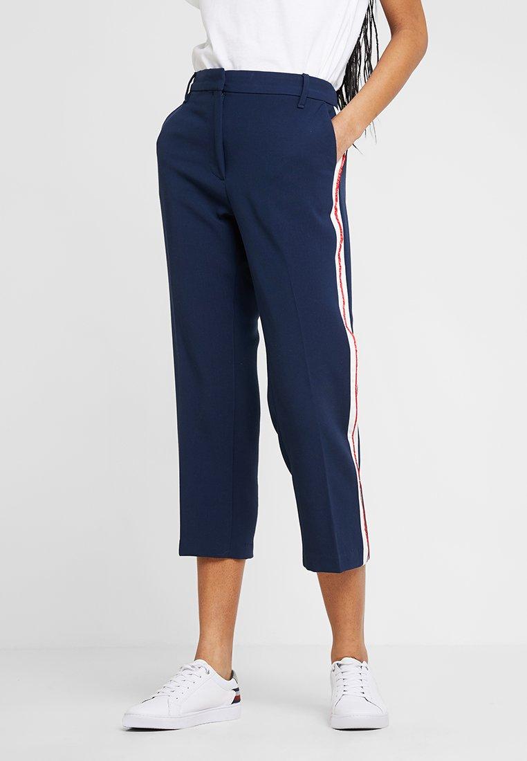 Tommy Jeans - SIDE STRIPE PANT - Stoffhose - dark blue