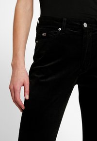 Tommy Jeans - HIGH RISE SUPER - Pantalon classique - black - 3