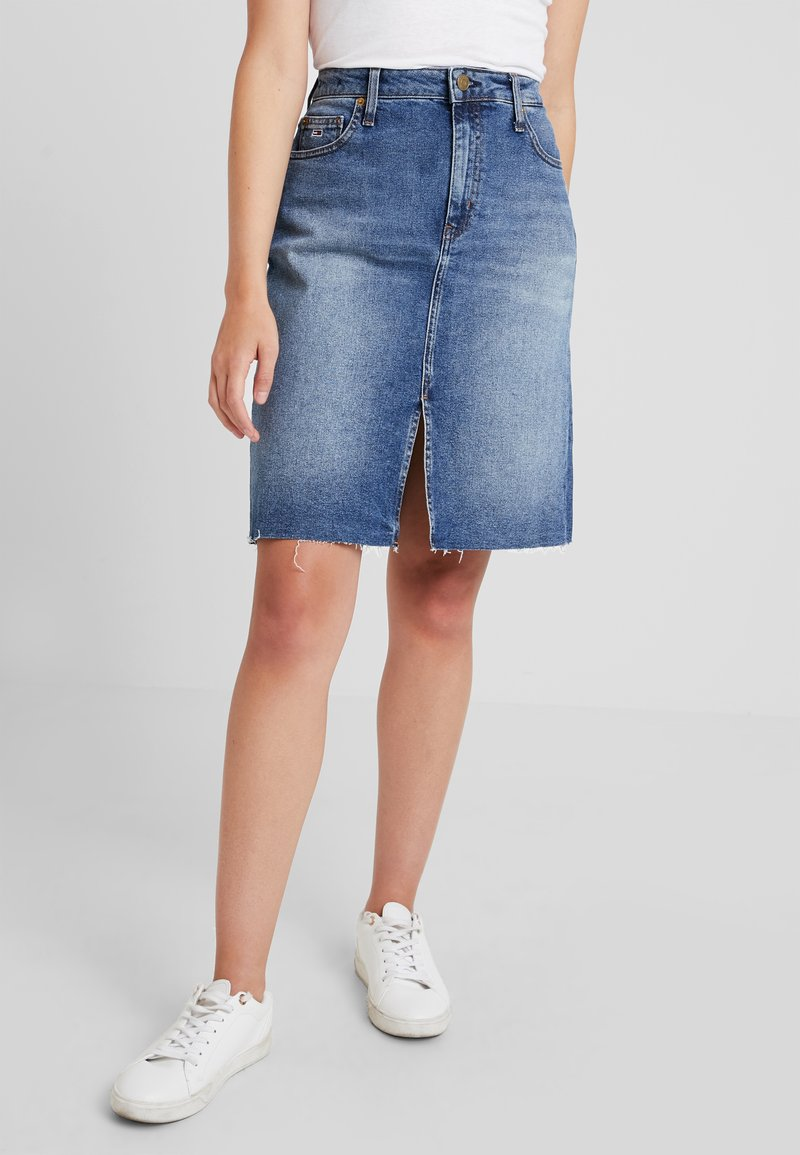 Tommy Jeans - SKIRT - Denim skirt - dark blue denim