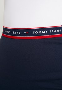 Tommy Jeans - BODYCON SKIRT - Minijupe - black iris - 4