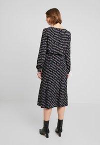 Tommy Jeans - OUTLINE PRINT SKIRT - A-line skirt - tommy black - 2