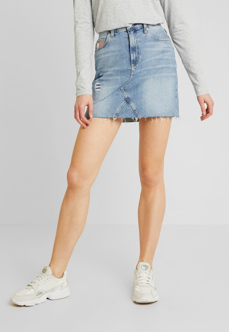 Tommy Jeans - SHORT SKIRT - Spódnica mini - stone blue denim
