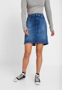 Tommy Jeans - CLASSIC SKIRT - A-linjainen hame - blue denim - 0