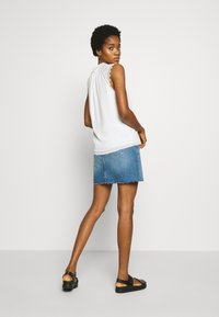 Tommy Jeans - SHORT SKIRT - Farkkuhame - blue denim - 2