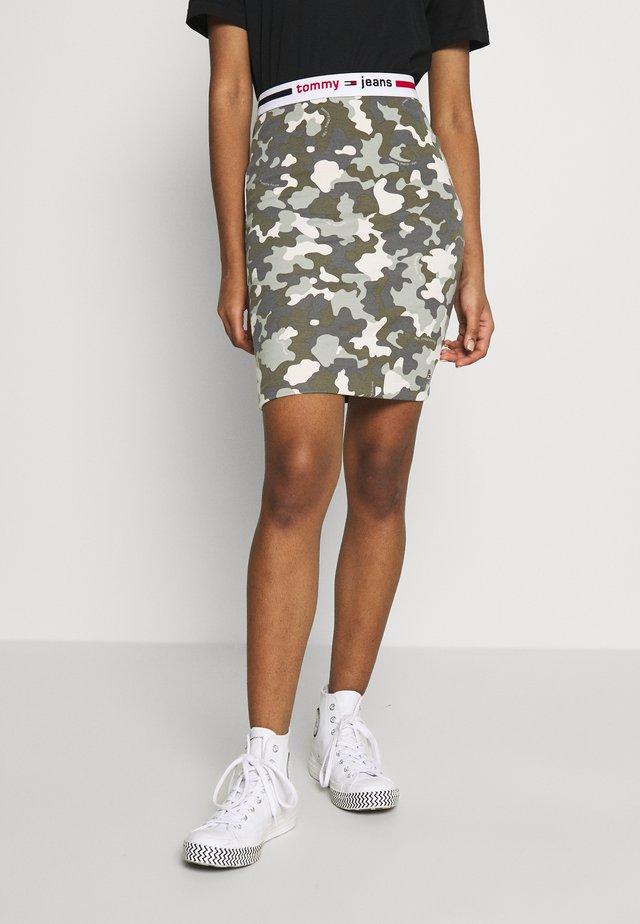 CAMO BODYCON SKIRT - Mini skirts  - olive tree