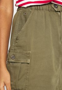 Tommy Jeans - CARGO SKIRT  - Minijupe - olive tree - 3