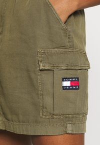 Tommy Jeans - CARGO SKIRT  - Minijupe - olive tree - 5
