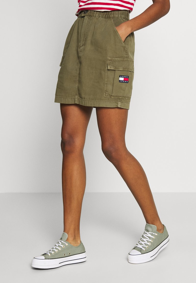 Tommy Jeans - CARGO SKIRT  - Minijupe - olive tree