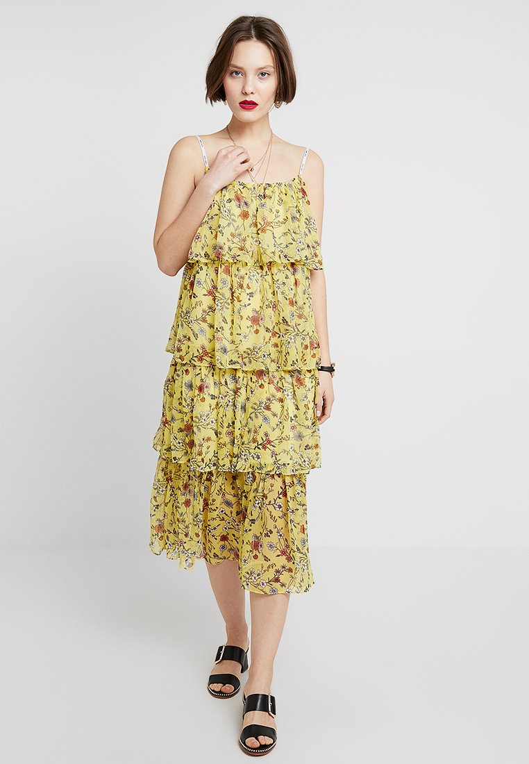 Tommy Jeans - FLORAL FESTIVAL LAYER DRESS - Freizeitkleid - yellow/multicoloured