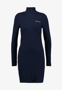 Tommy Jeans - FITTED DRESS - Pouzdrové šaty - black iris - 4