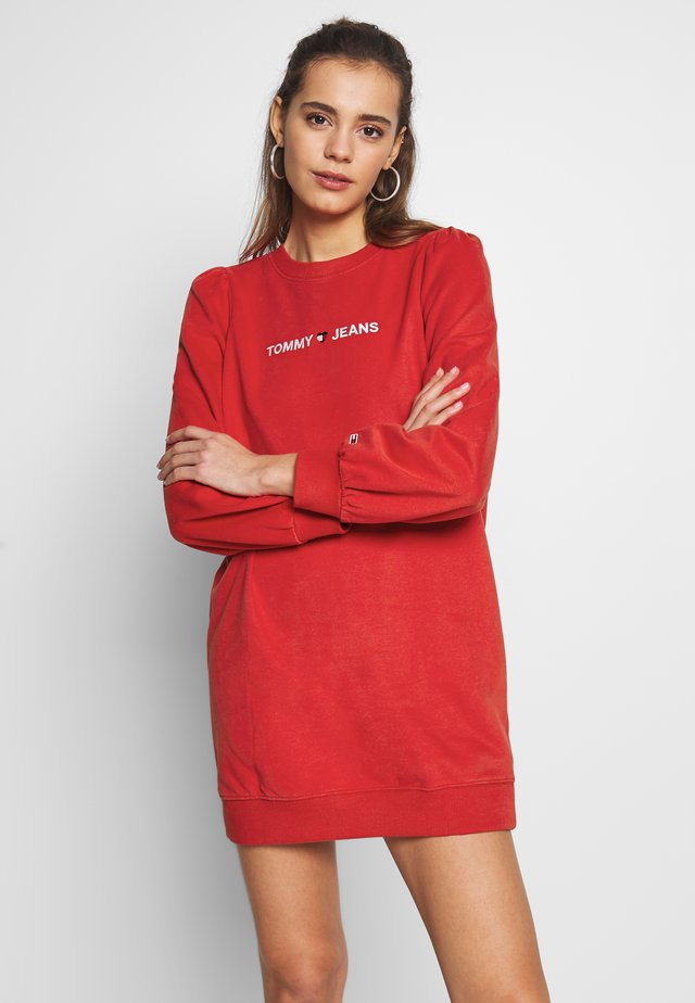 HEART LOGO  - Vestido informal - racing red