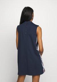 Tommy Jeans - TAPE DETAIL A LINE DRESS - Žerzejové šaty - twilight navy - 2