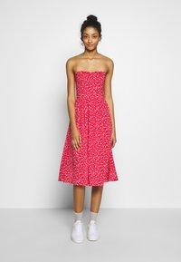 Tommy Jeans - BANDEAU DRESS - Day dress - deep crimson - 0